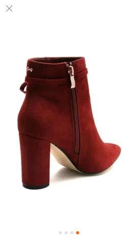 Botines rojos París Hilton
