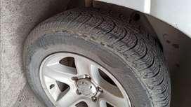 Neumáticos 235/60 Rod. 16 usados aceptable estado Grand Vitara etc