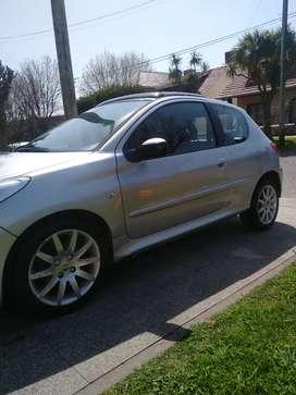 Peugeot 207 XT 1.6 nafta