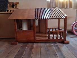 '' Hermosa casita para perrito pequeño ''