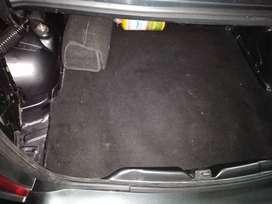 Vendo automóvil renault logan familier placa Bucaramanga 5 modelo 2012