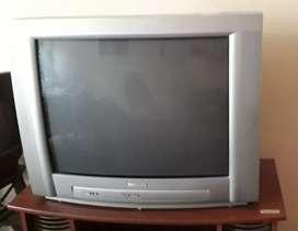 "TV 29"" Philips pantalla plana con mesa"
