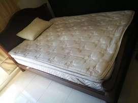 Base cama doble en cedro marca Spring