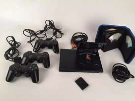 PLAY STATION  2 EN PERFECTO ESTADO 8/10