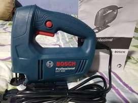 Sierra caladora Bosch GST 650