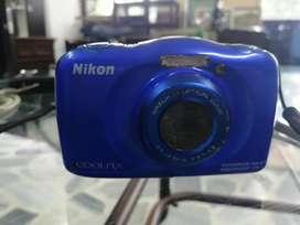 Camara digital Nikon s33