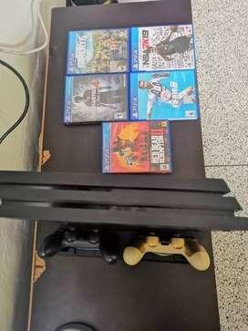 Consola PS4 1TB Pro con 2 joysticks, como nuevo