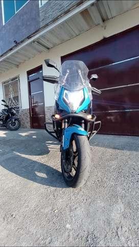 Vendo moto 650