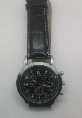 Reloj Yazole