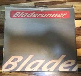 Rollers femeninos bladrunners. Precio extensible del 35 al 38.