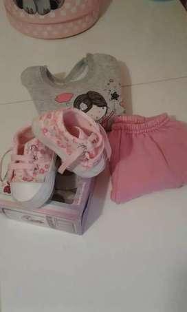 VENDIDO Lote de ropa de beba