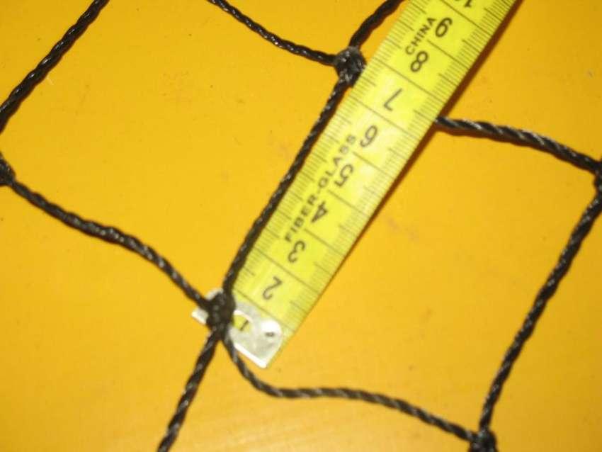RED NEGRA ,RINBO  7 X 7 CM  METRO CUADRADO 0