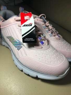 Vendo Zapatos Deportivos de mujer Avia