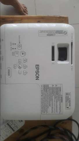 Proyector EPSON EX3420 de segunda mano