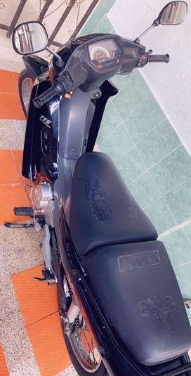 Moto modelo 2010 marca Suzuki vivas 115