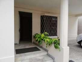 Alquiler Ciudadela Guayaquil departamento amoblado planta baja 2 dormitorios