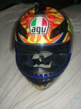 Hermoso casco AGV K3, 5 continentes