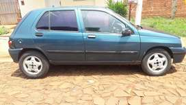 Solo vendo clio diesel impecable
