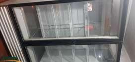Vendo congelador marca indufrial