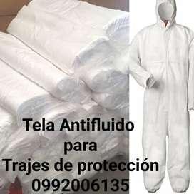 Tela antifluido para trajes de protección