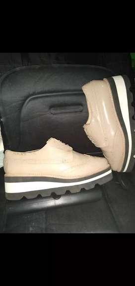 Zapatos Mentha y Chocolate, Talla 39 usados, Originales