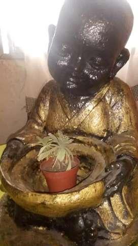 Se vende estatua buda de cemento