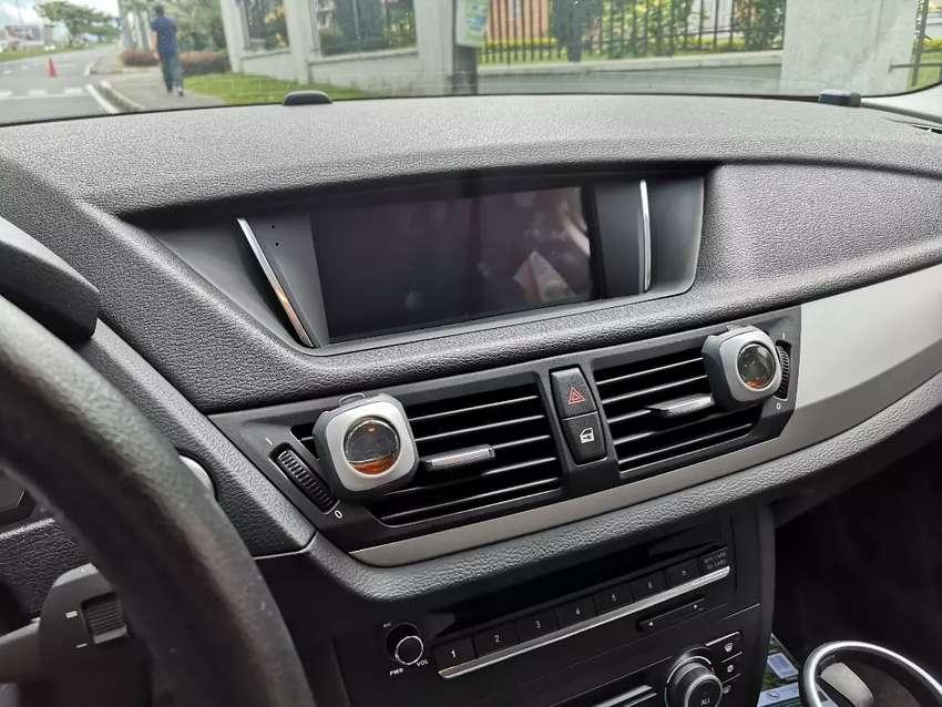 Hermosa BMW x1 0