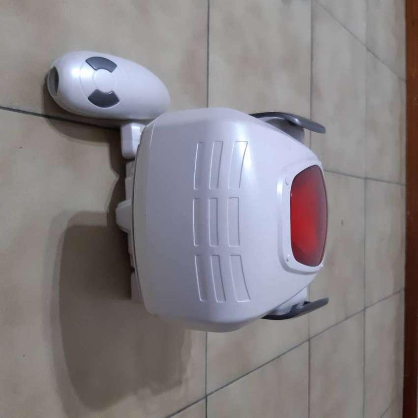 Perro robot a control remoto inalámbrico usado 0