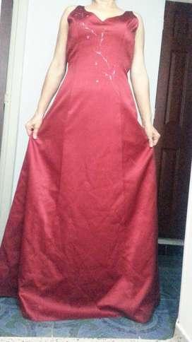 Venta de Vestido de Gala Rojo Vino Americano Talla 8