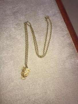 Cadena con un dije búho joya nueva plata dorada ley 925