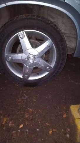 Chevrolet classic 2011 el auto está impecable nada k hacerle digno de ver únicamente de contado no permuto  papeles