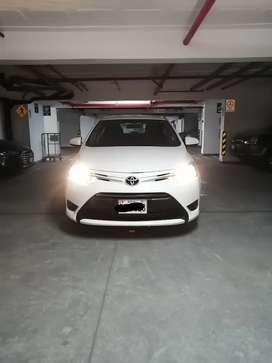 Toyota Yaris GLI año 2017