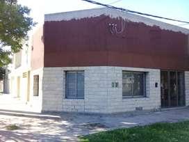 OPORTUNIDAD: DUEÑO VENDE.  LOCAL: 40 METROS CUADRADOS, ubicado en calle 72 esq. 24 de La Plata.