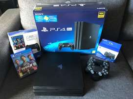 PLAYSTATION 4 PRO 1TB + 2 DUALSHOCK + CHARGING STATION + FIFA 19