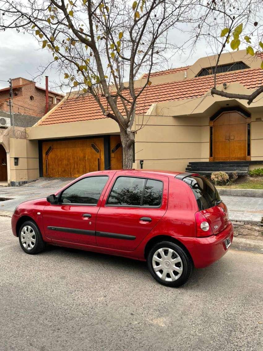 Vendo Renault Clio 5 puertas Pack