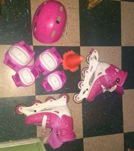 Par de patines con todos sus accesorios