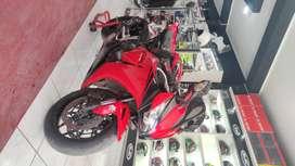 Vendo mi moto honda cbr 1000cc