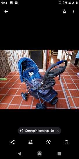 Coche para bebe niño en buen estado  poco uso