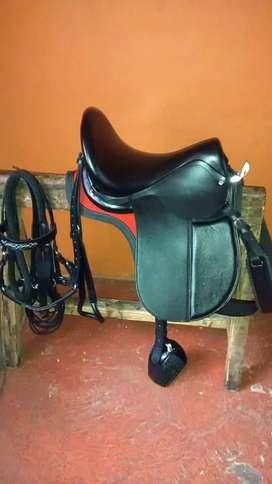 sillas para caballos