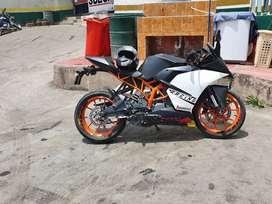 Vendo ktm rc200 bien conservada listo para la transferencia