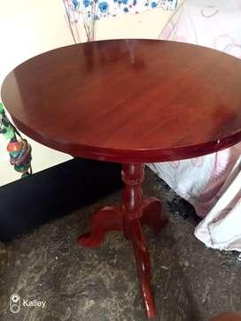 Se vende mesa coqueta