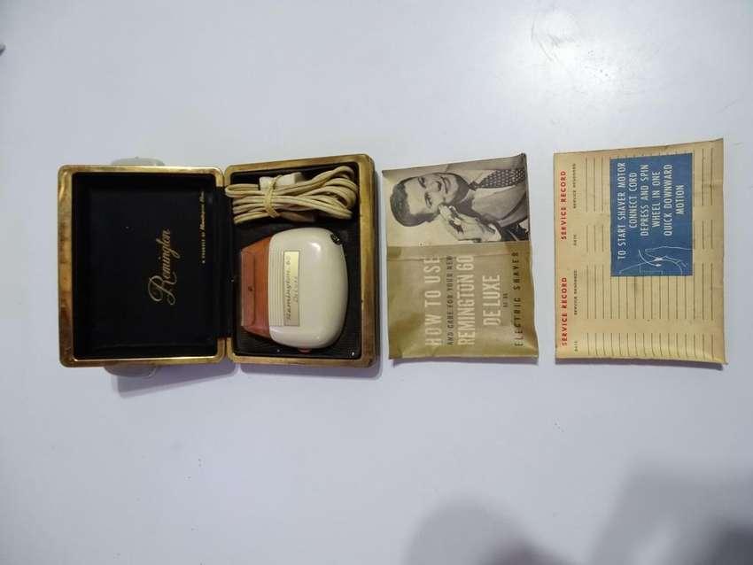 Maquina de afeitar Remington años 50. Funcionando 0