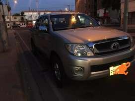 Flamante Toyota Hilux DE CASA