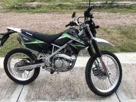 KLX 150 poco uso