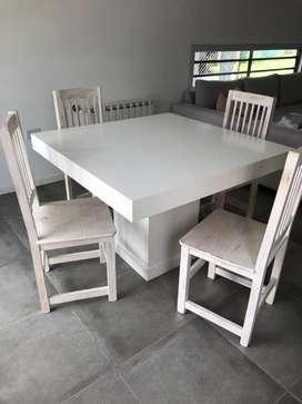 Juego de Mesa cuadrada con 4 sillas blanco laqueado