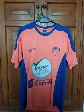Camiseta Fútbol. Leones de Urabá
