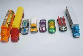 Lote de autos y tractomulas