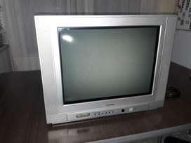 Televisor Admiral 21 Pulg. con Control