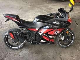 Excelente moto con muy poco kilometraje