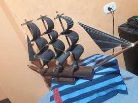 Barco velero en Guadua